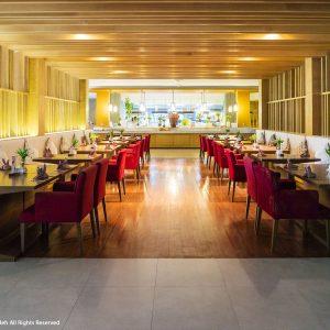 ห้องอาหารซันเซ็ท โรงแรมภูเก็ตเกรซ แลนด์ รีสอร์ท แอนด์ สปา