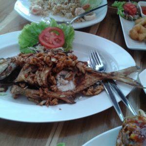 ร้านอาหารฮาลาลฟู้ด Chili Halal Food Restaurant