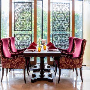 ห้องอาหารบารอกัต โรงแรมอัลมีรอซ รามคำแหง 5